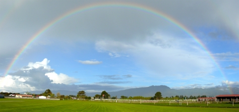 full-rainbow-1346670.jpg